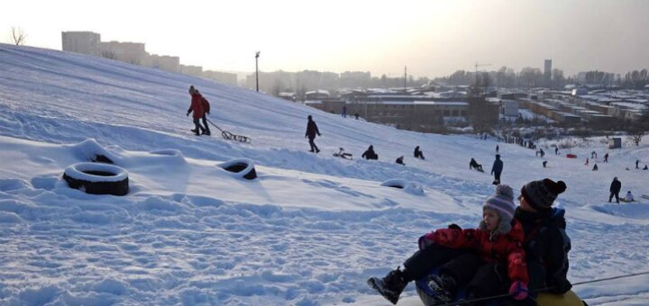 Відвідування та катання на лижах, сноуборді, санчатах або сноутюбі в комплексі «Savich-Park»