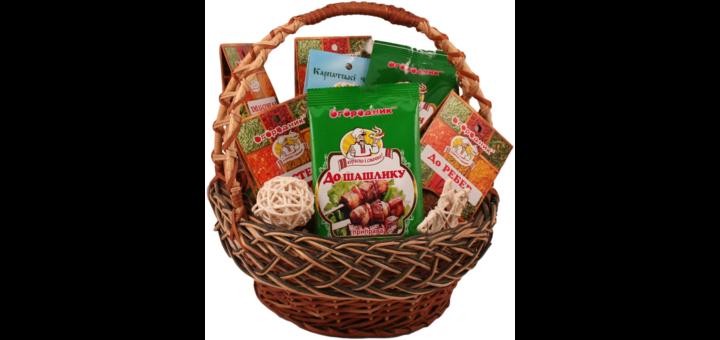 Скидки до 35% на подарочные наборы специй и пряностей от ТМ «Огородник»