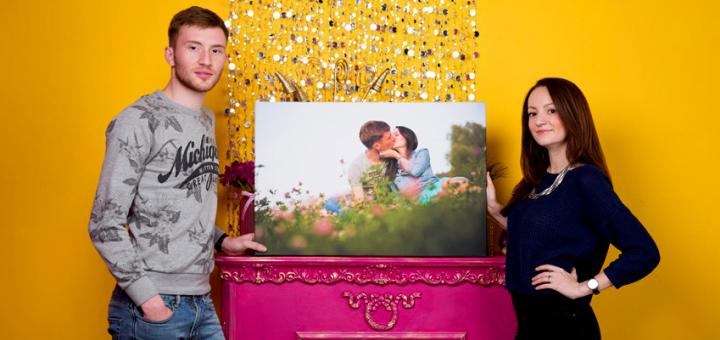 Скидка до 33% на печать любых изображений на холсте от портретной мастерской «Present4u»