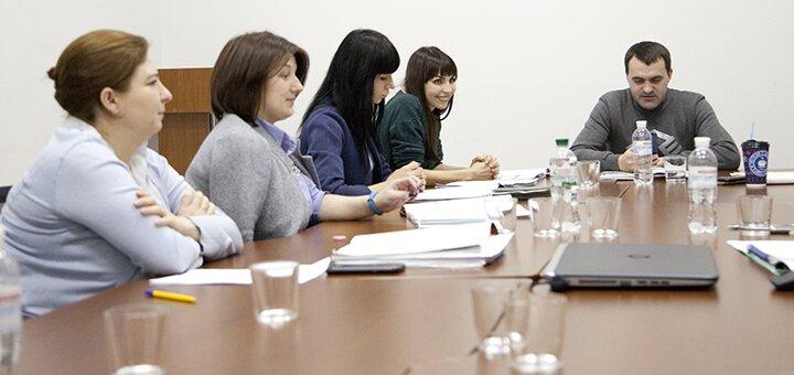До 14 занятий по фундаментальному курсу общего английского языка от школы «Kiwi English»