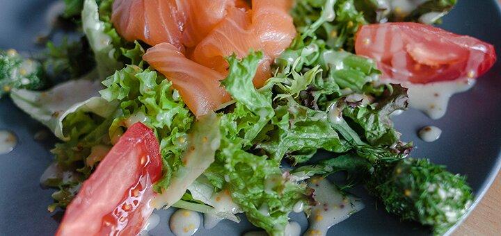 Любой салат и картошка фри для компании в пиццерии «Pizza&Pasta TRATTORIA»