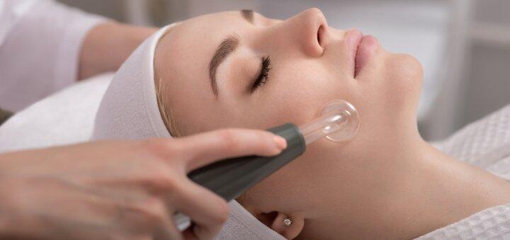 До 10 сеансов вакуумного массажа лица с RF-лифтингом в салоне «Sun Shine»