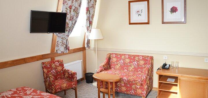 От 2 дней отдыха с завтраками в отеле «Premier Hotel Pochaiv 4*» в Почаеве