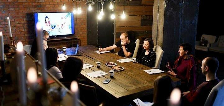 До 13 часов аренды LOFT помещения для компании до 50 человек в пространстве «Flora Hub»