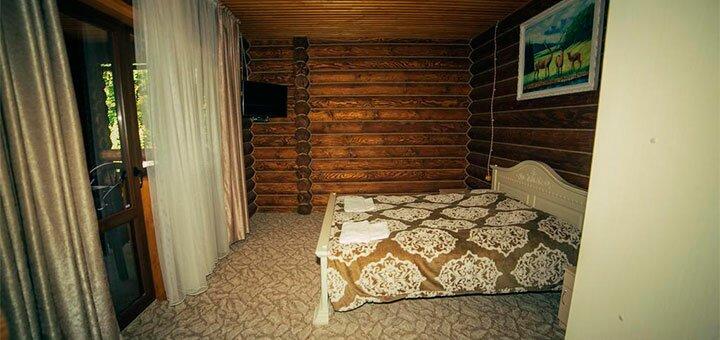 Уикенд с питанием и услугами в SPA-отеле «Срібне Джерело» в Карпатах