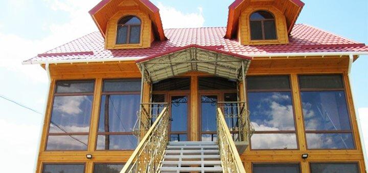 От 3 дней отдыха в июне и июле в мини-отеле «Мираж» в Геническе на Азовском море