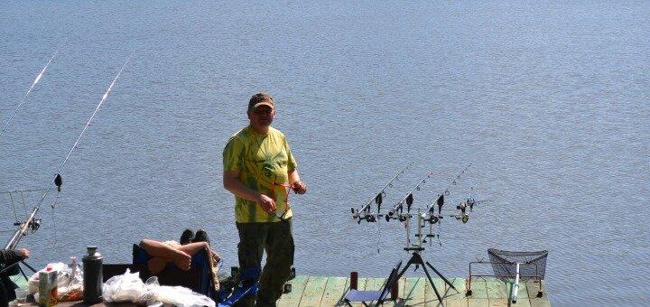 Рыбалка с арендой беседки и мангала на базе отдыха «Поплавок» под Киевом