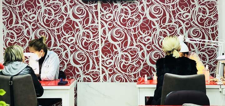 Стрижка, кератиновое выпрямление, полировка и окрашивание волос в салоне красоты «Ноготок»