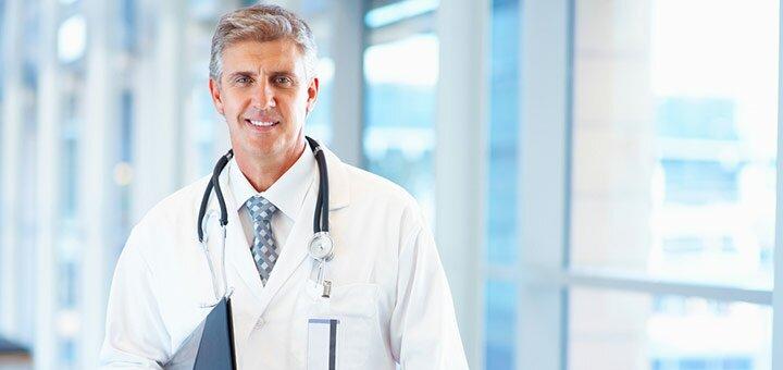 Обследование у уролога в медицинском центре «Verona»