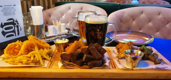 Скидка до 35% на пивной сет и фирменное пиво баре-ресторане «DOT53»