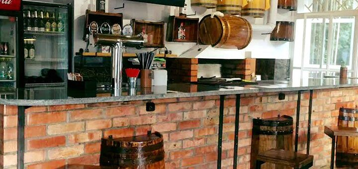 Скидка 50% на все меню кухни в пив-баре «Кружка»