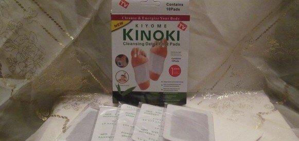 Скидка 18% на Детоксикационный пластырь для стоп Kinoki (для выведения токсинов и шлаков)