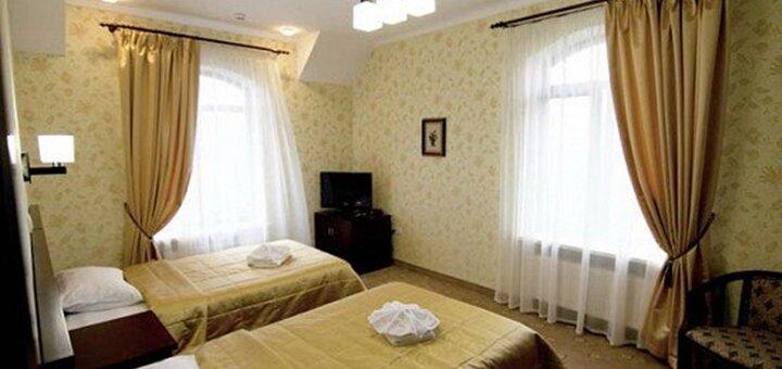 От 3 дней отдыха летом с трехразовым питанием и SPA в отеле «Villa Grand» в Сходнице