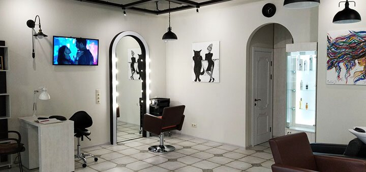 Женский маникюр, педикюр с покрытием гель-лаком в салоне красоты «Гелла»