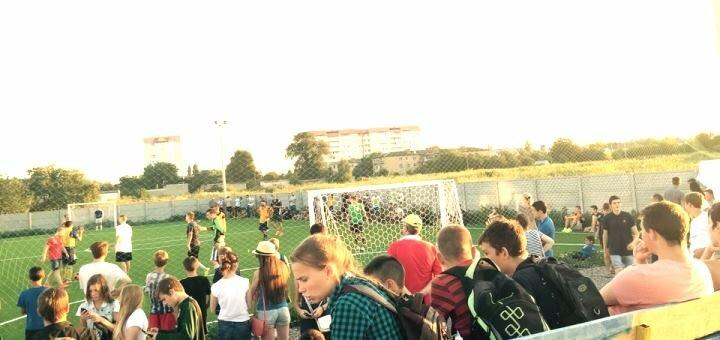До 2 часов аренды футбольного поля от «Footballplay»