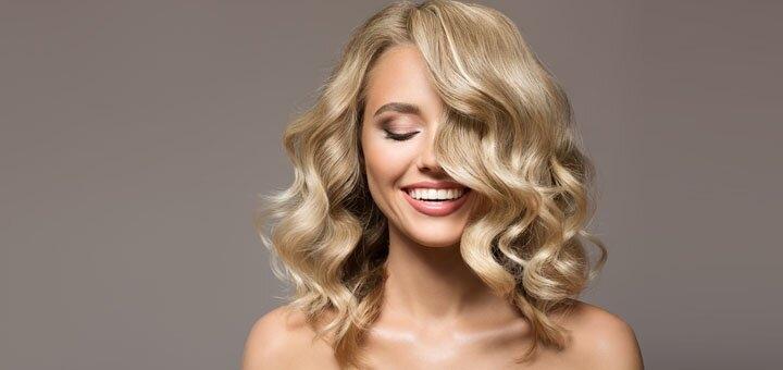Дневной или вечерний макияж с укладкой волос в салоне красоты «Ваниль»