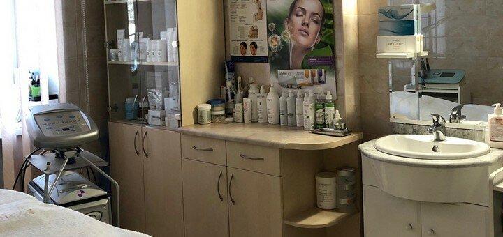 Скидка до 65% на сеансы ферулового пилинга лица в центре косметологии «Технологии красоты»