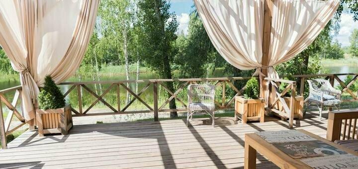 От 2 дней отдыха с завтраками в коттеджах комплекса «Relax Villa Poduszka» под Киевом
