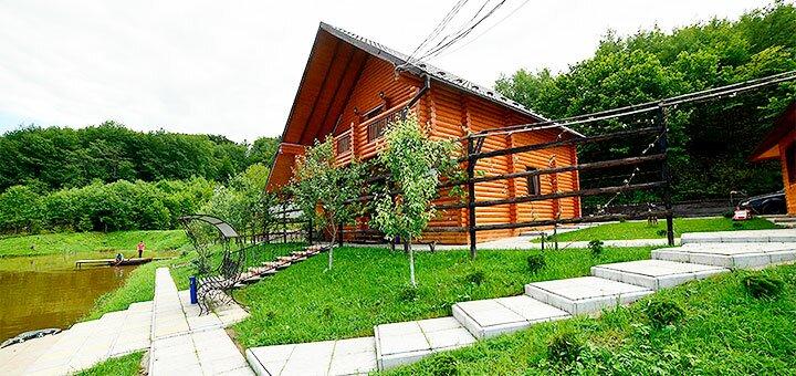 От 3 дней осеннего отдыха в коттедже «Дача у Ивана» на берегу озера в Карпатах