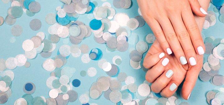 Аппаратный маникюр и наращивание ногтей с покрытием гель-лаком в студии «Beauty Victory»
