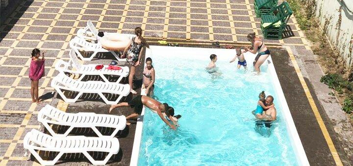 От 4 дней отдыха в бархатный сезон в пансионате «Экватор» в Железном Порту недалеко от моря
