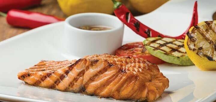 Скидка 50% на все меню кухни в ресторане «Mafia» в ТРЦ «Караван»