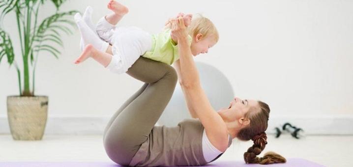 До 10 групповых занятий фитнесом для мамы и ребенка в семейном клубе «WellnessConcept»