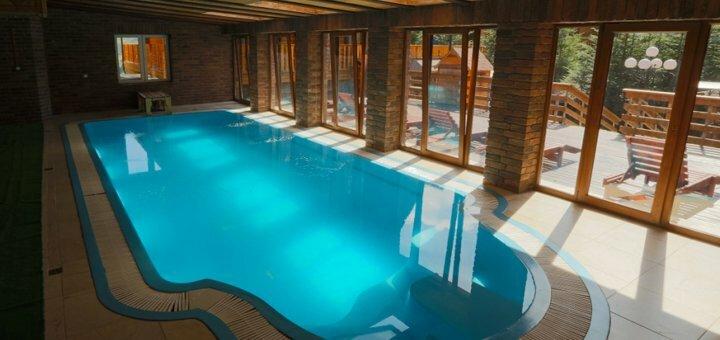 От 3 дней осеннего отдыха с питанием и SPA в отельном комплексе «Карпаты» в Мигово