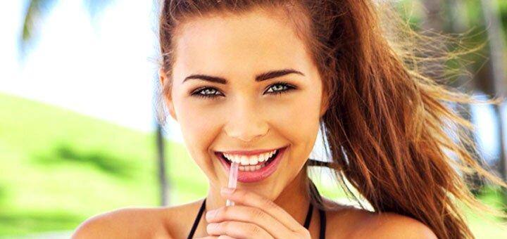 До 2 сеансов ультразвуковой чистки зубов в стоматологической клинике «Мега Стом»