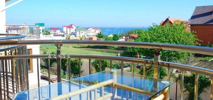 От 3 дней отдыха летом в отеле «Парус» в Санжейке на Черном море