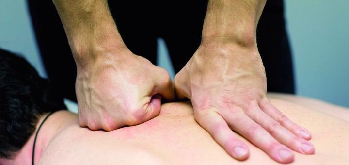До 10 сеансов ручного лечебного массажа в «Клинике современной ревматологии»