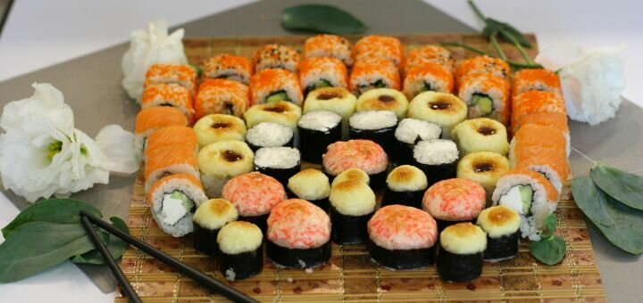 Скидка 60% на килограммовый суши-сет «Мацури» от магазина-ресторана японской кухни «Суши WOK»