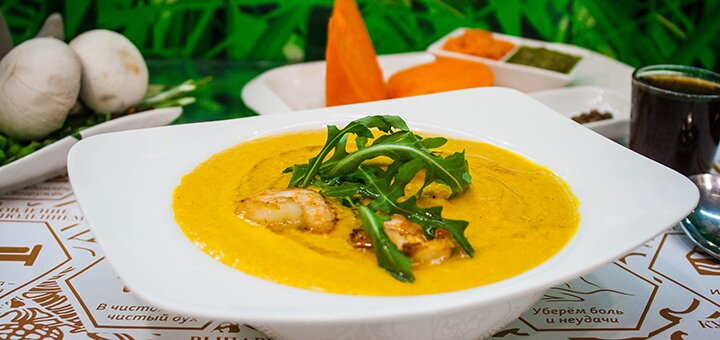 Скидка 50% на меню кухни в авторском кафе полезной еды «Азбука Вкуса»