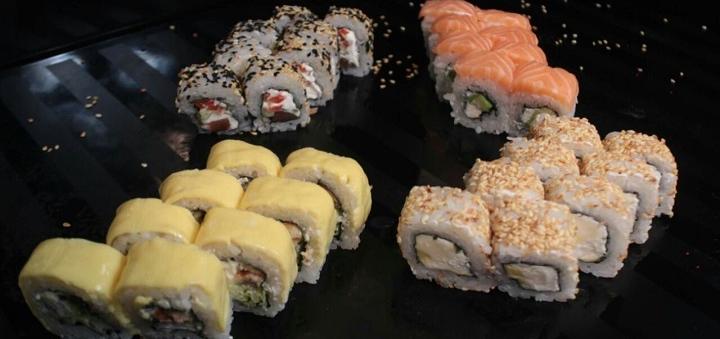 Знижка 50% на набори суші з доставкою чи самовиносом від служби доставки японської їжі «Katana»