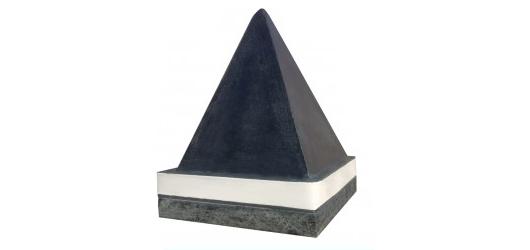 Скидка 50% на большую черную пирамиду от «Источник Здоровья»