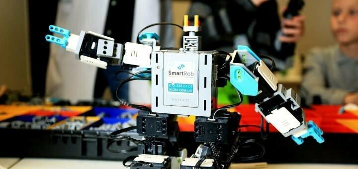 Посещение мастер-класса «Битва роботов» от международного центра развития «Kidbi»