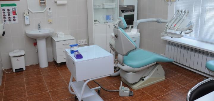 Знижка до 66% на лазерне відбілювання зубів Arde Lumine з фторуванням в клініці «White&Smile International»