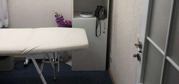 До 6 сеансов фракционной микроигольчатой мезотерапии лица или волос в «CosmoBeauty_studio»