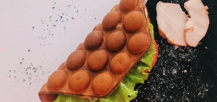 Скидка 50% на гонконгские вафли и напитки от вафл-бара «Bubble Dreams»