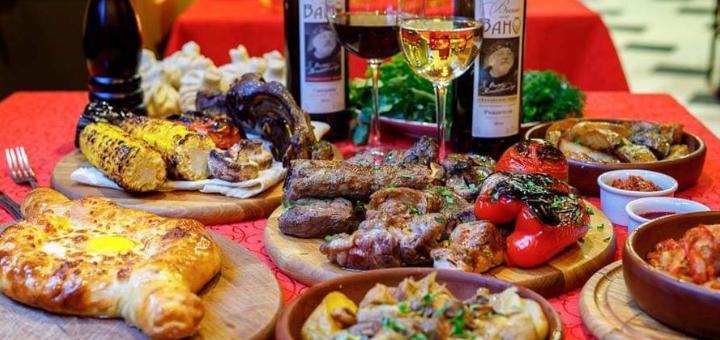Ужин в грузинском ресторане «Vano Ivano Megobari»