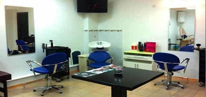 Стрижка, окрашивание, укладка и восставнавливающая маска в салоне «Sher»