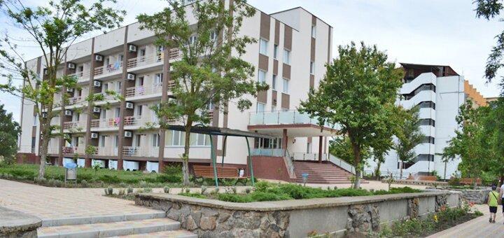 От 4 дней отдыха в сентябре на базе отдыха «Энергостроитель» в Коблево на Черном море