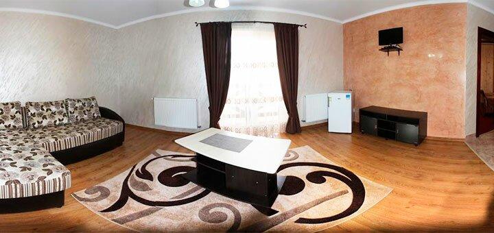 От 3 дней отдыха в августе и сентябре в отеле «Лоиза» в Полянице
