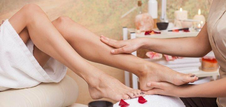 До 3 сеансов точечного массажа стоп и пальцев в студии «Beauty Film Studio»