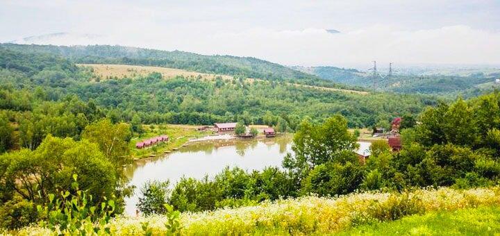 От 4 дней в бархатный сезон с питанием и рыбалкой в усадьбе «Турянський Двір» в Закарпатье