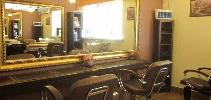 Стрижка, укладка и окрашивание волос в салоне красоты «Savoya»