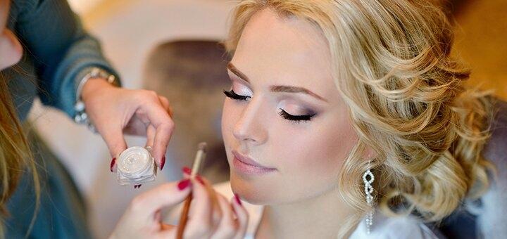 Дневной, вечерний или свадебный макияж в салоне красоты «CUT ONE»