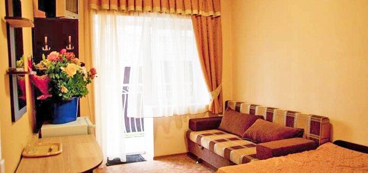 От 3 дней отдыха в августе и сентябре в отеле «Айсберг» в Железном Порту на первой линии