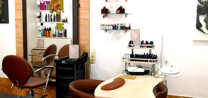 Стрижка, укладка, окрашивание и SPA-уход за волосами в салоне красоты «SJ&Team»