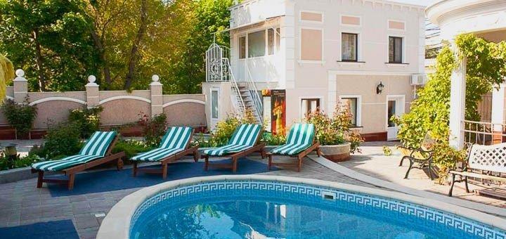 Роскошный отдых для двоих на майские праздники в отеле «Вилла Неаполь» в Одессе!